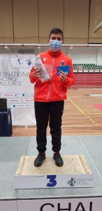 Luca sul podio dell'Internation Fencing Challenge